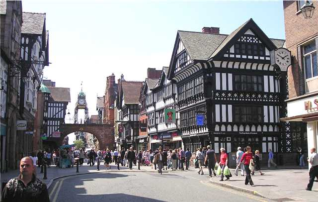 Eastgate Chester with its famous clock above the gateway